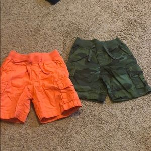 Cargo shorts .... GENTLY WORN‼️‼️‼️